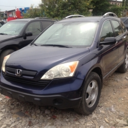 Honda CR-V FULL OPTION