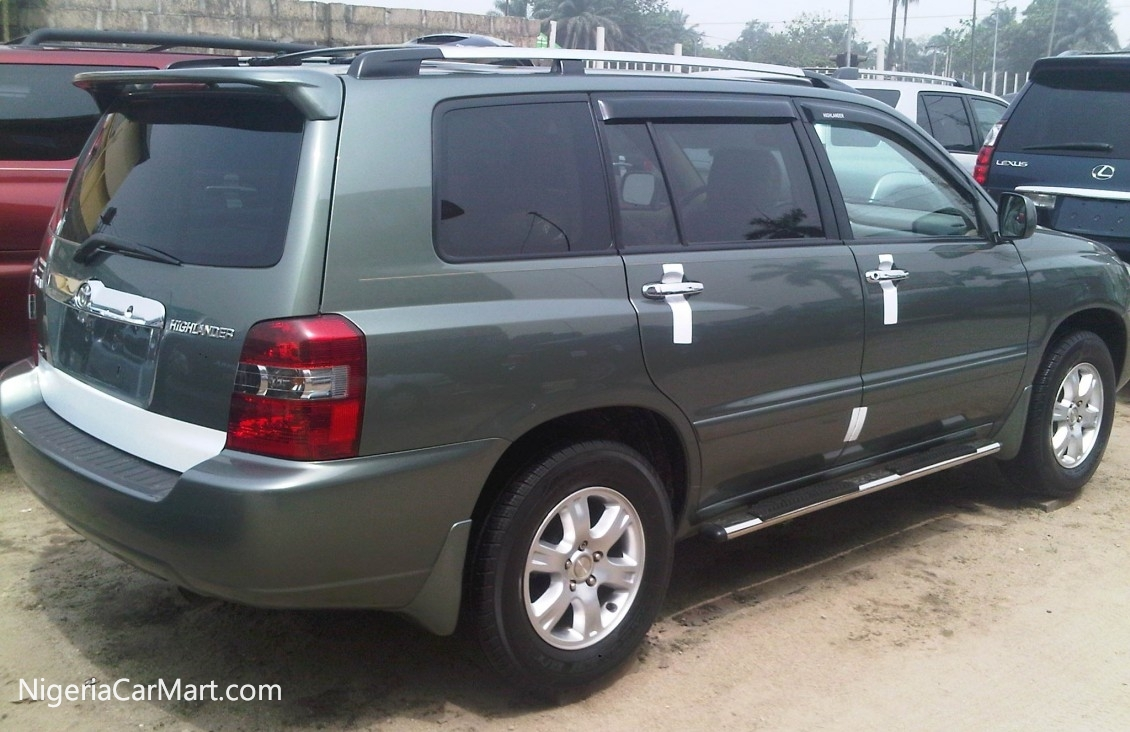 2006 toyota highlander auction highlander price is 300 000 thousand used car for sale in lagos. Black Bedroom Furniture Sets. Home Design Ideas