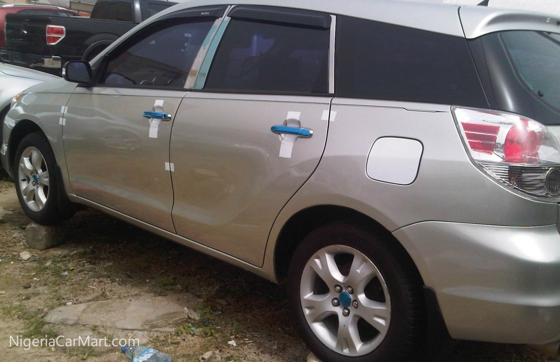 2008 toyota matrix auction price n 250 000 used car for sale in lagos nigeria. Black Bedroom Furniture Sets. Home Design Ideas